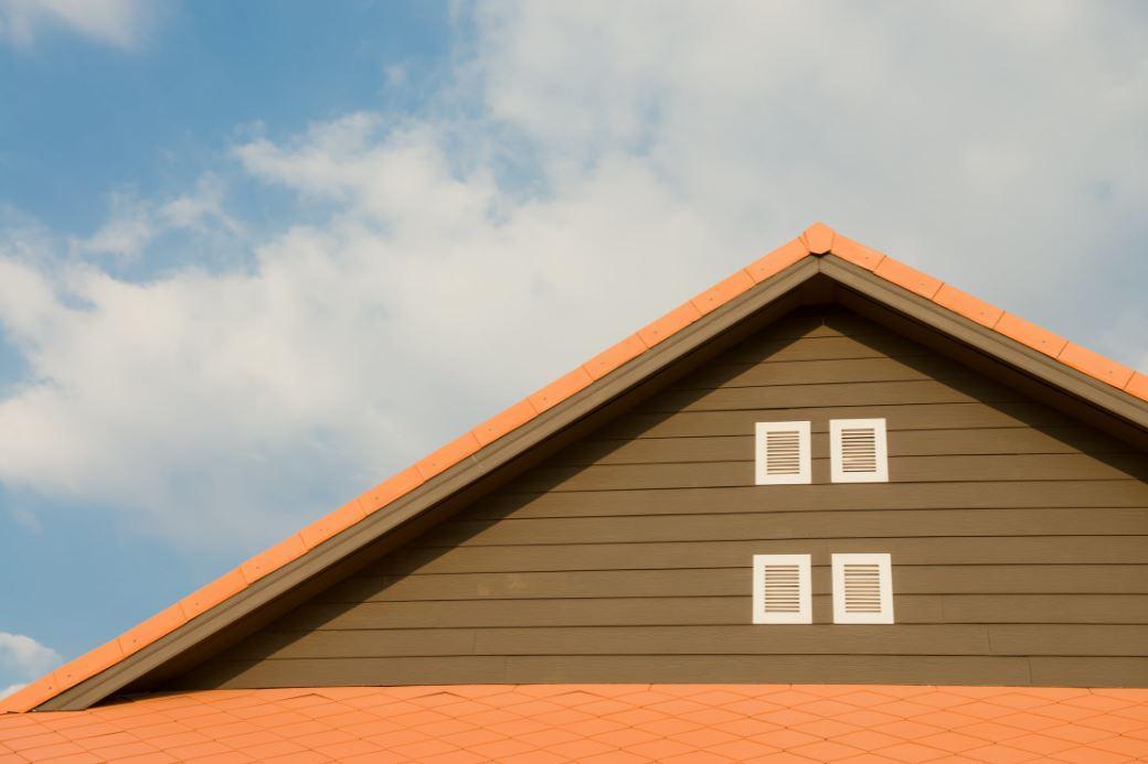 Das Hausdach auf Vordermann bringen